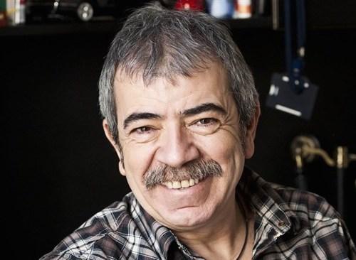 Tiyatro, sinema ve dizi dünyasının sevilen oyuncularından Selçuk Yöntem, 1953 yılında doğdu.