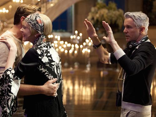 Ne kadar çok yorumlanırsa yorumlansın eskimeyen bu enfes klasiği, bir de Moulin Rouge!, Australia ve The Great Gatsby filmlerinin yetenekli yönetmeni Baz Luhrmann'ın sanatçı gözlerinden görebilmek için...