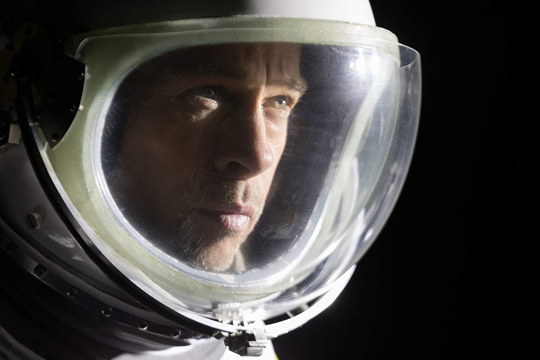 Brad Pitt'den Yıldızlara Doğru